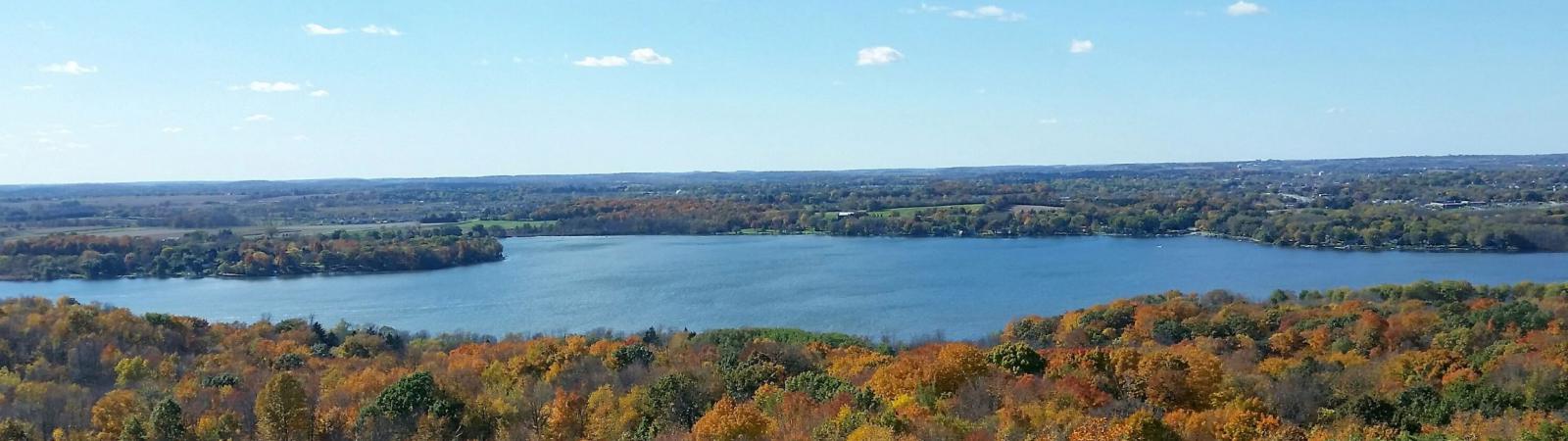 Hartford landscape with lake in background